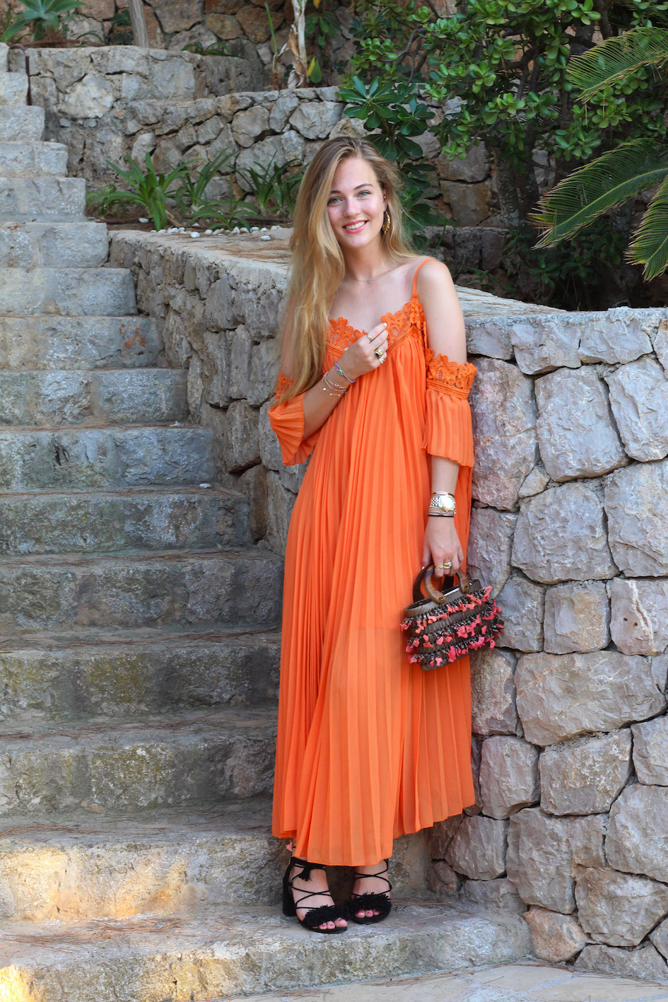 floortjeloves, why every woman need a maxi dress, max dress, off-shoulder, off-shoulder dress, zara, black sandals, cute bag, orange dress, choies, ibiza