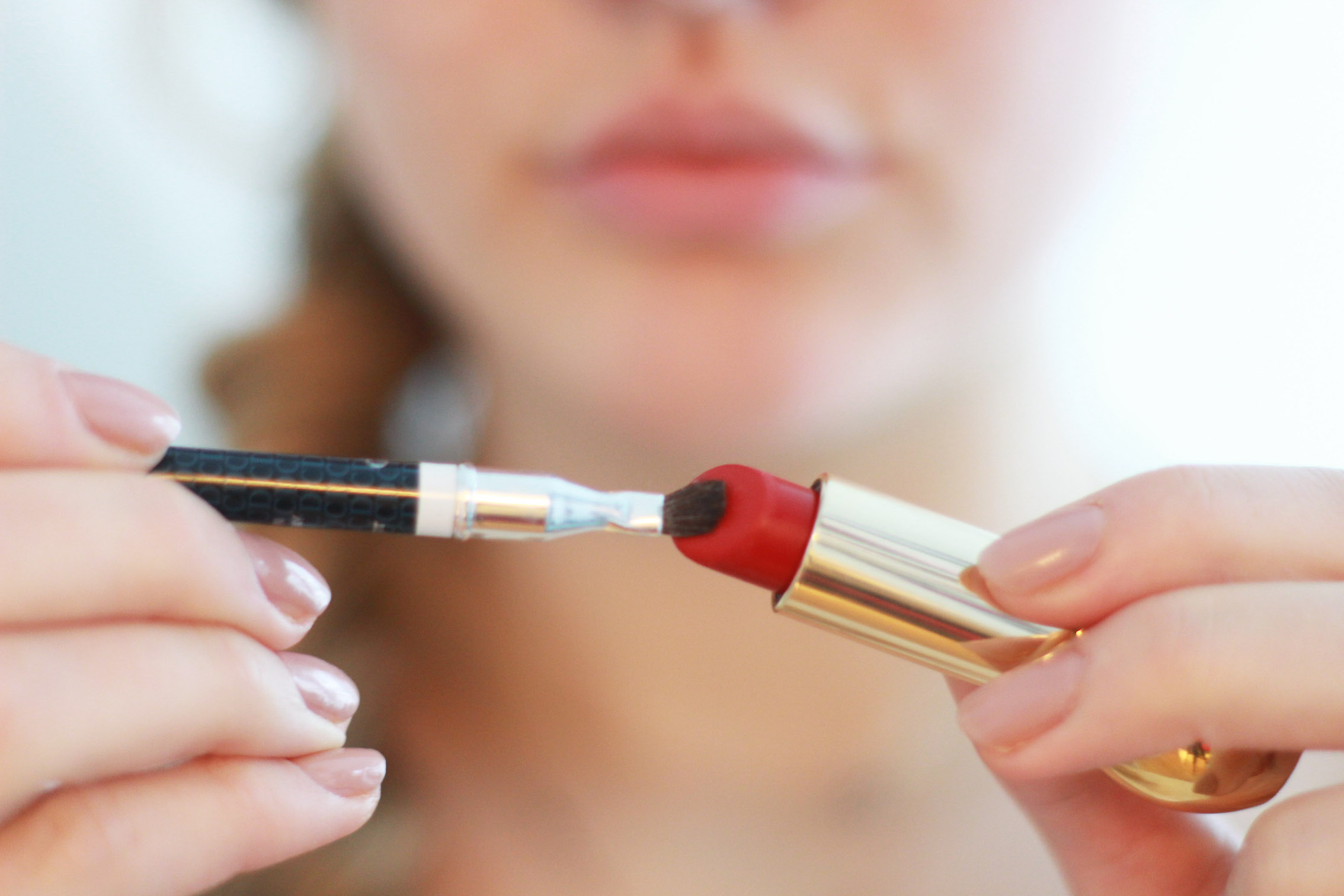 floortjeloves, red lips, red lip, how to, the perfect red lip, perfect red lip, how to create the perfect red lip, dior, diorific