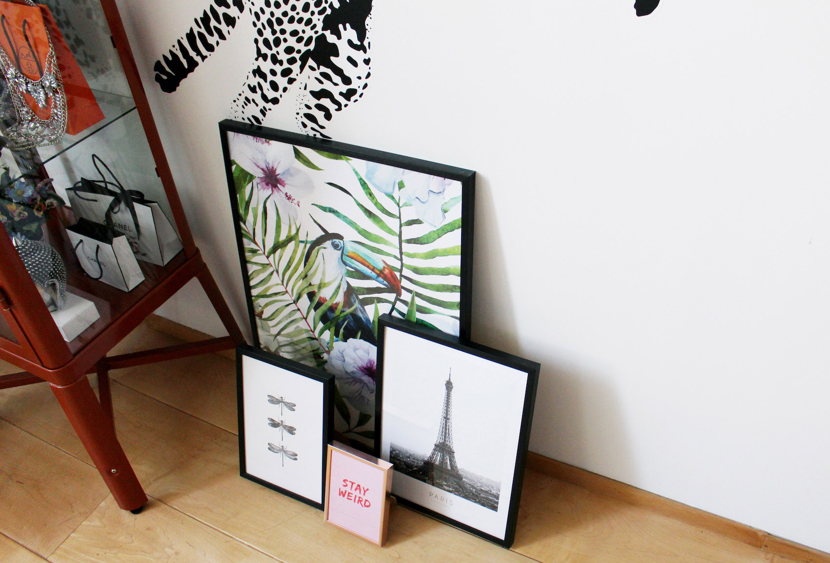 floortjeloves, desenio, art, posters, design, colourful rebel, how to implement art in your home