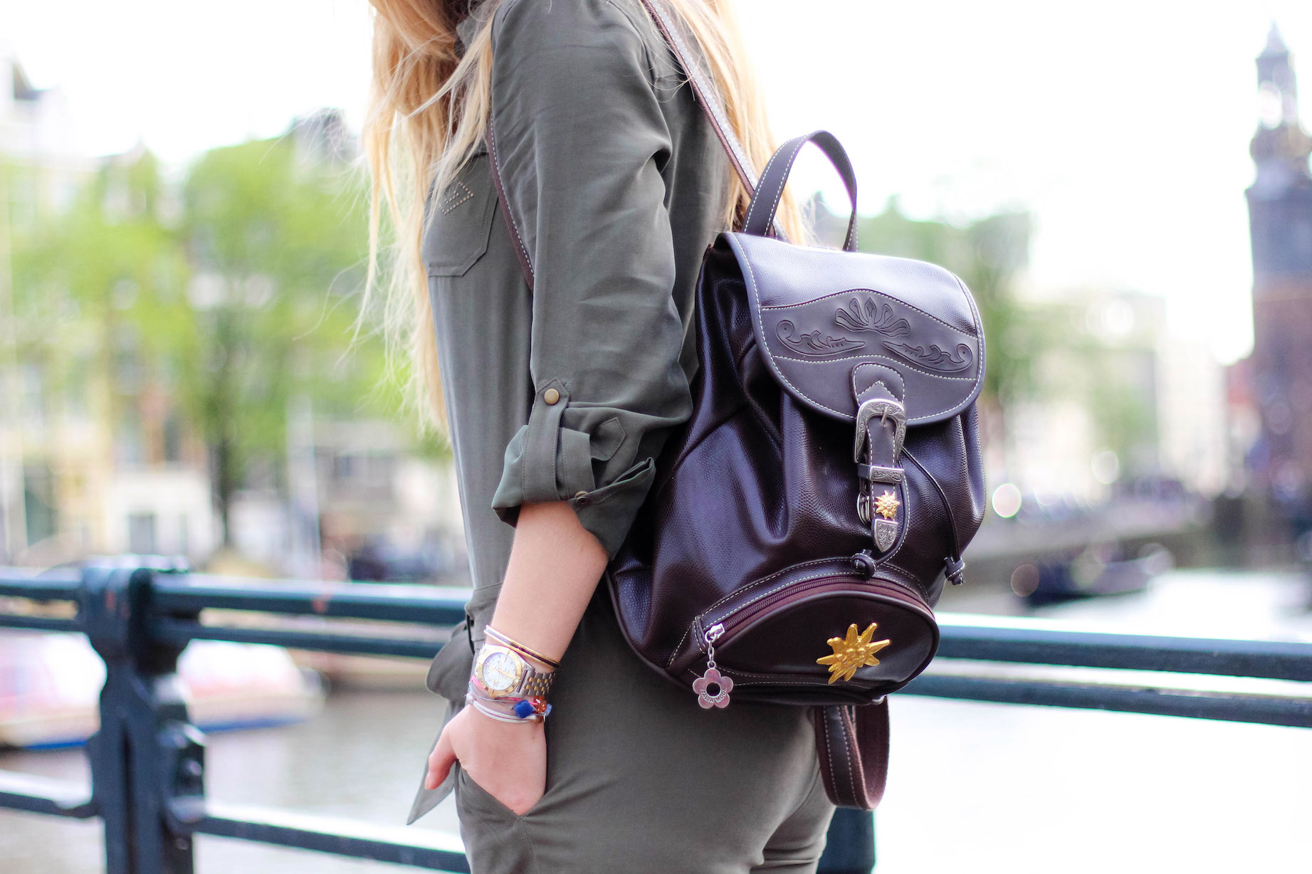 floortjeloves, how to become a better decision maker, decision, decisions, how to, personal, dr. martens, comma, vintage, backpack, jumpsuit