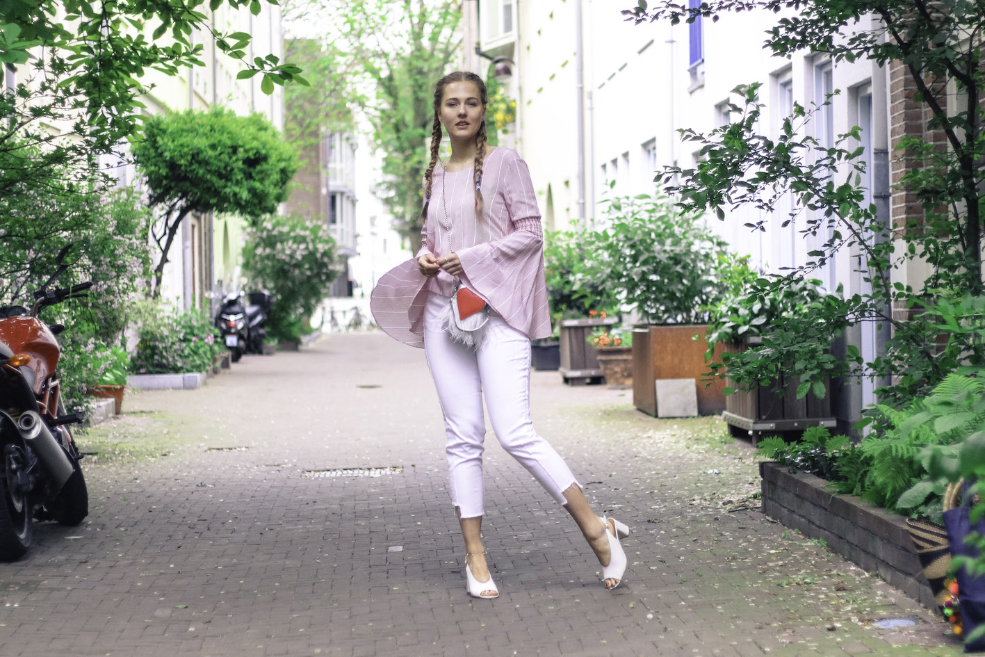 Floortjeloves, weekend, 10 tips for the best weekend, tips for the best weekend, mint&berry, 2nd one, 2nd one jeans, Mint & Berry, Rosegal, slingback, white jeans, boxer braids, flared sleeves