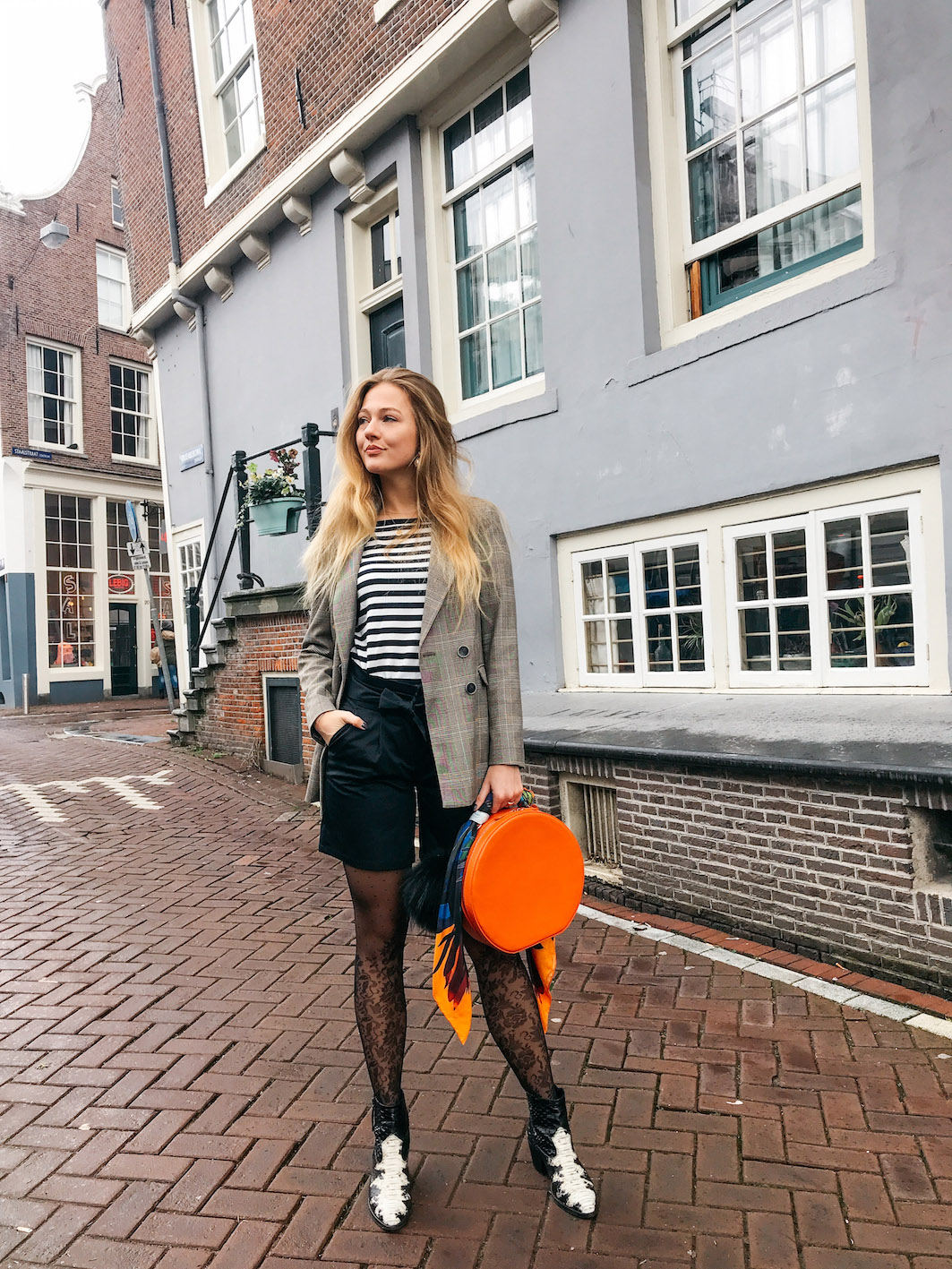 floortjeloves, mango, comma, checkered blazer, leg avenue, suistudio, stop mindless shopping, shopping, shopping tips, stop mindless shopping with these tips