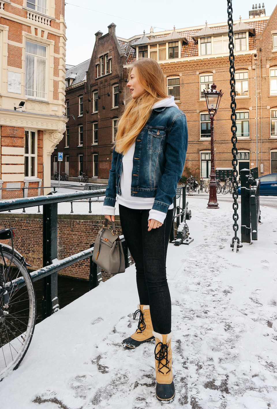 floortjeloves, denim on denim, denim on denim fever, snow, weekday, smaak, smaak Amsterdam, Sorel, Sorel boots, cross jeans, denim jacket, skinny jeans, jeans