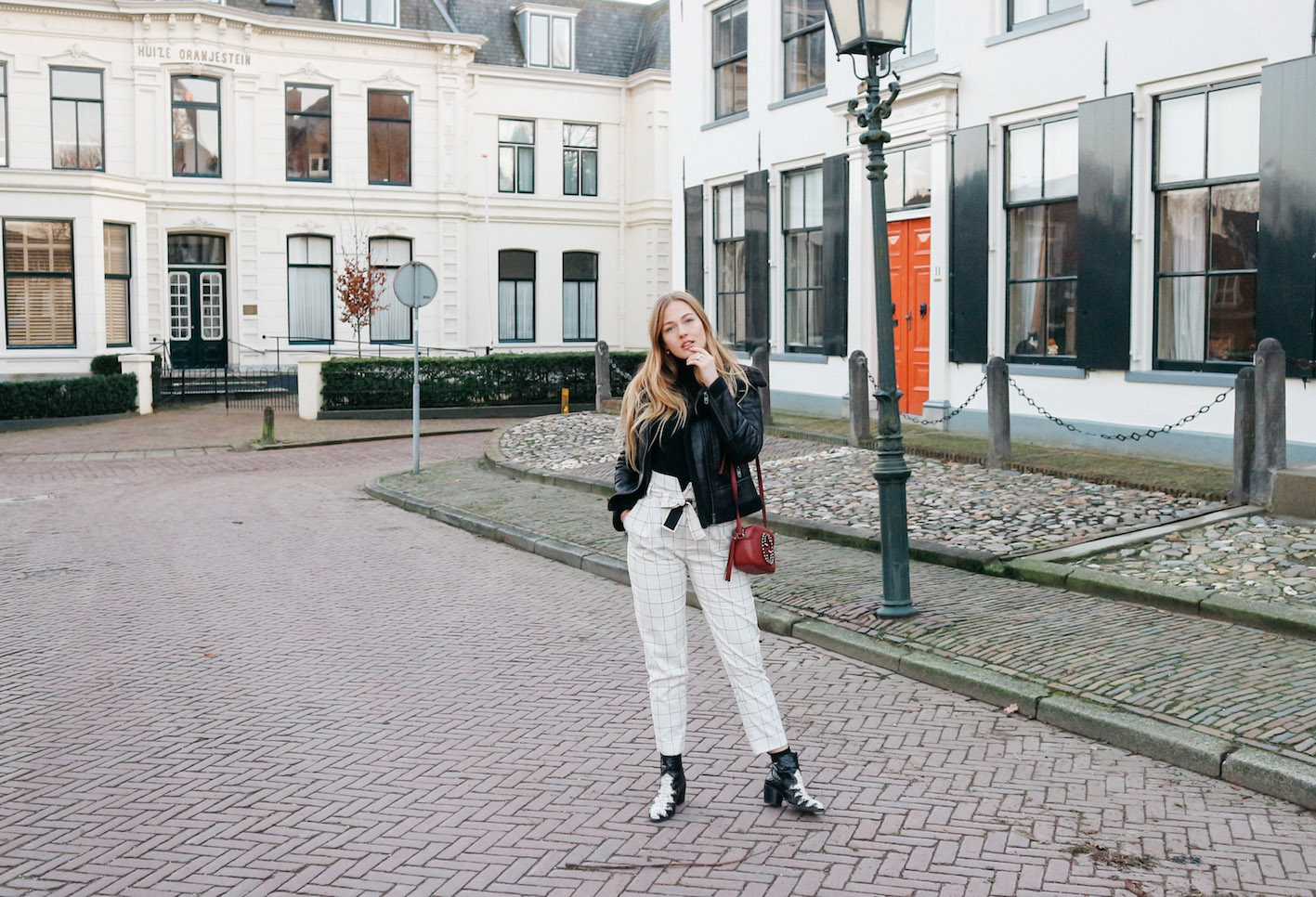 BLACK AND WHITE PANTALON