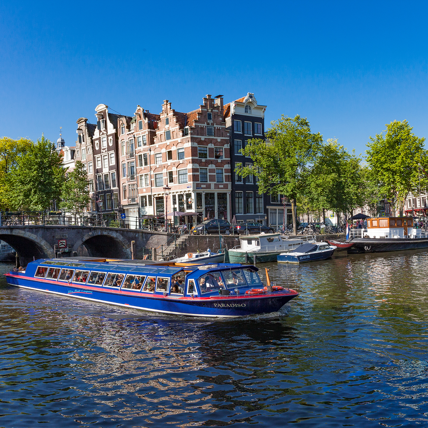 floortjeloves, blue boat, blueboat, amsterdam canal cruises, acc, cruises, amsterdam, to do