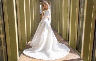 floortjeloves, the perfect wedding, wedding dresses, wedding dress, dress fitting, dream dress