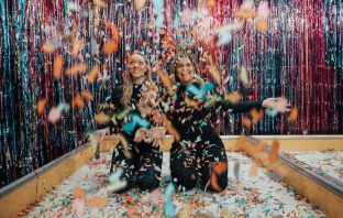 How to plan the perfect NYE Party Office